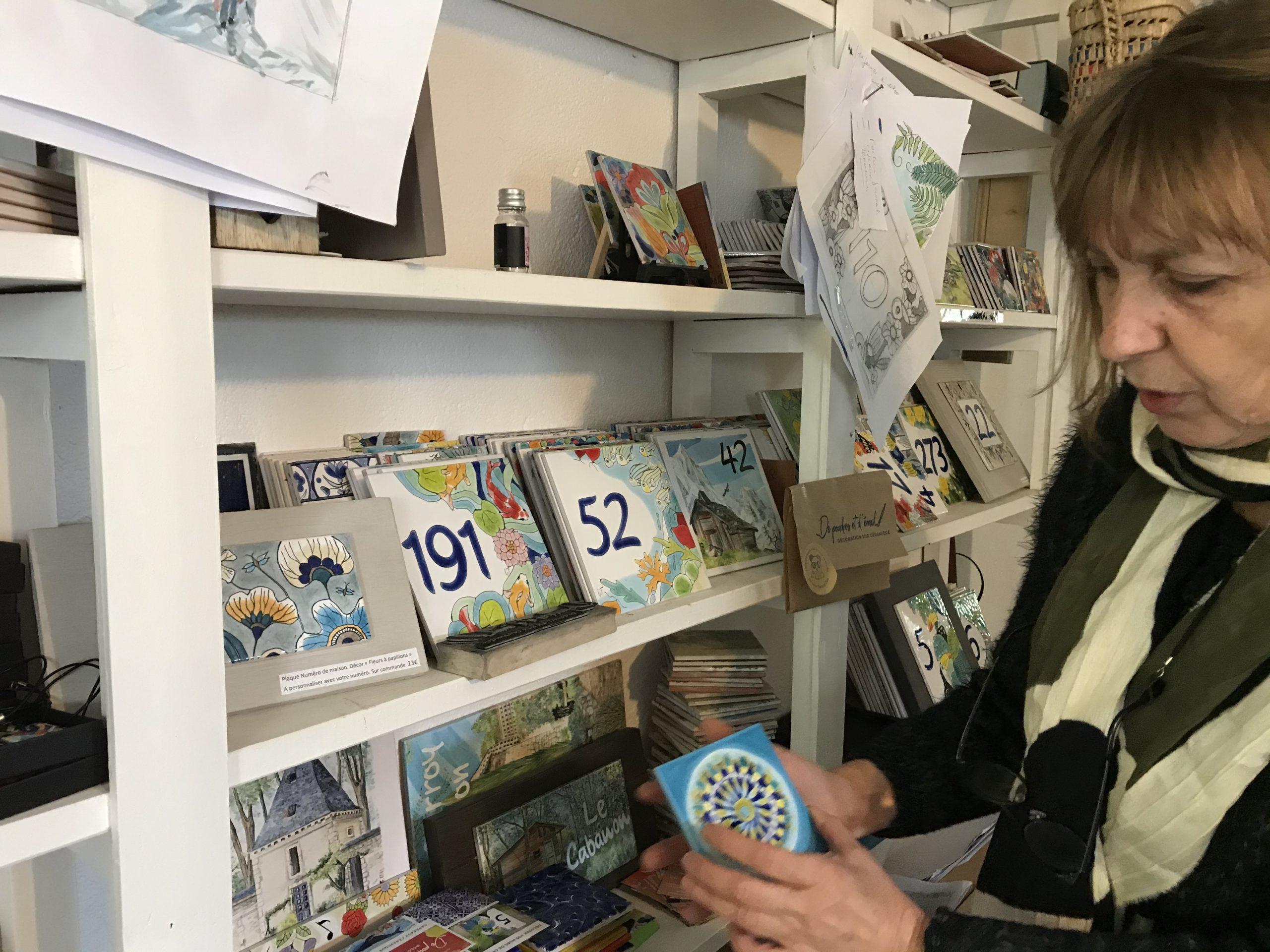 Geneviève Bourgoin : De poudres et d'émail, des créations uniques